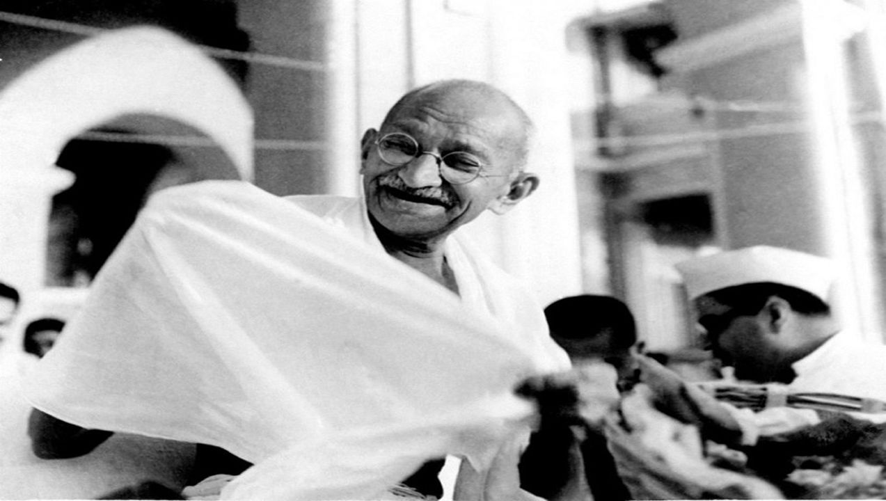 gandhi essayedited Gandhi essay - instead of having trouble about essay writing get the necessary help here authentic reports at moderate costs available here will turn your education into pleasure.